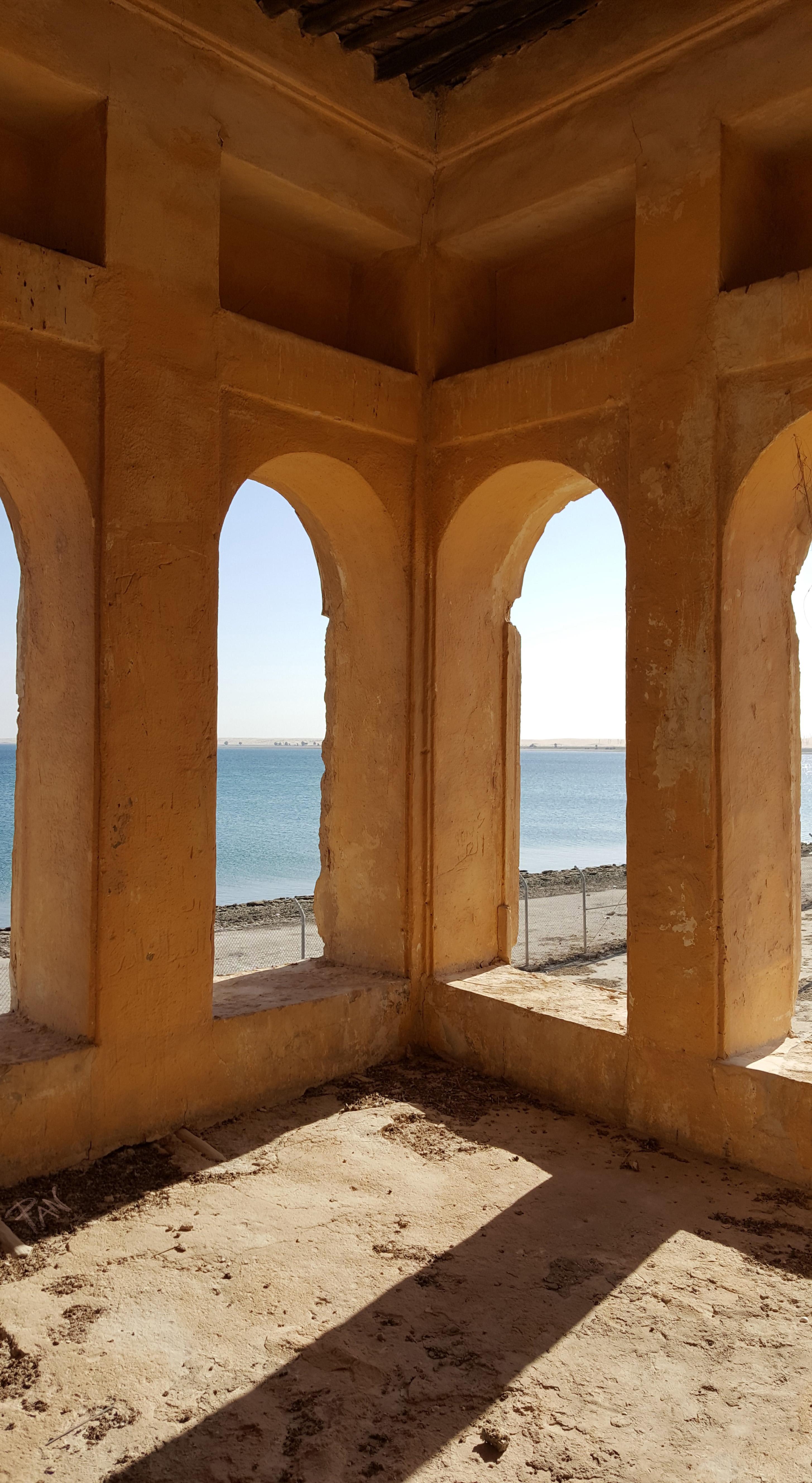 Finestre sul porto antico, presso Al-uqair beach, Arabia Saudita, ph. PaN
