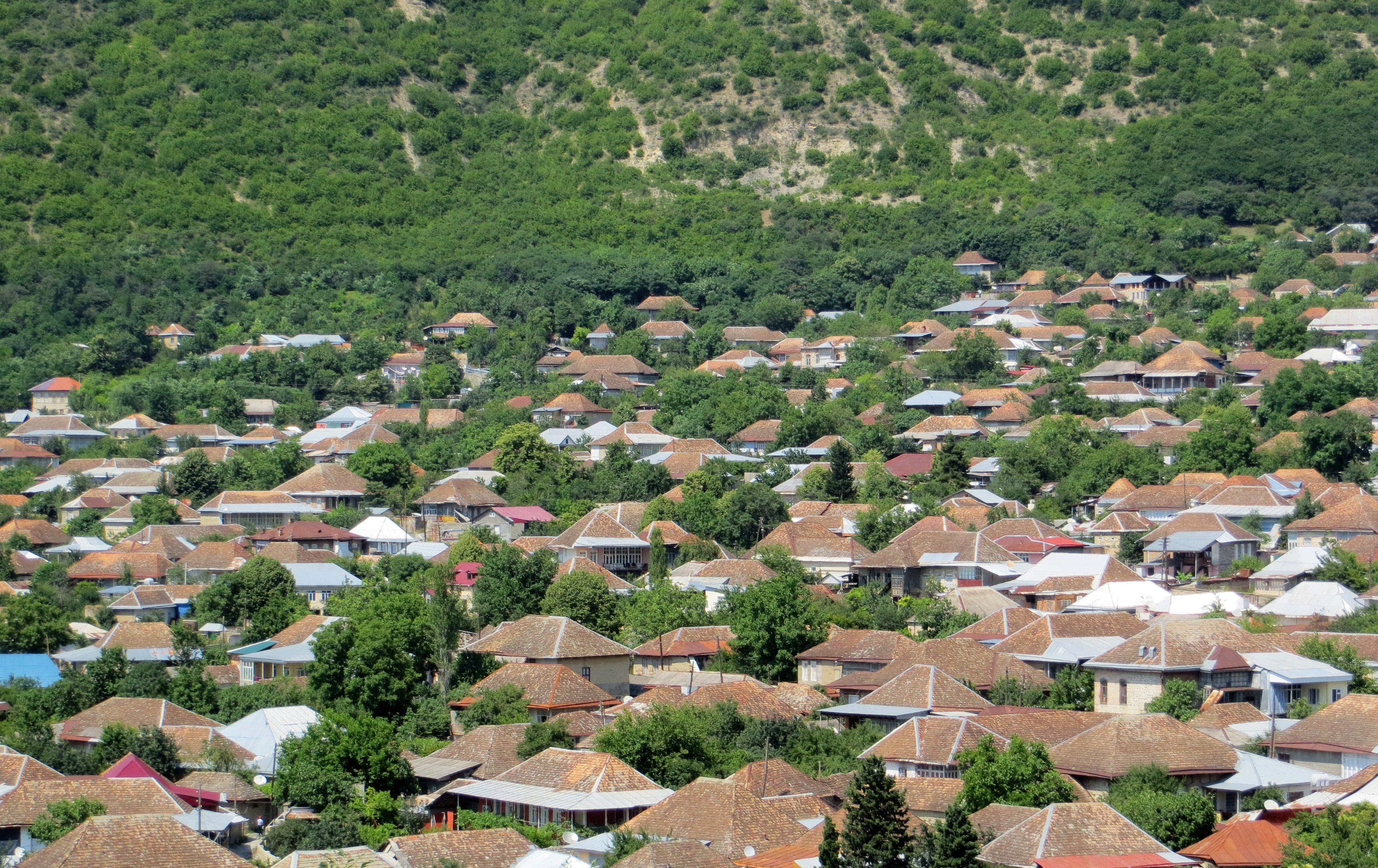 Sheki dall'alto a Sheki, Şəki, Azerbaijan, ph. PaN