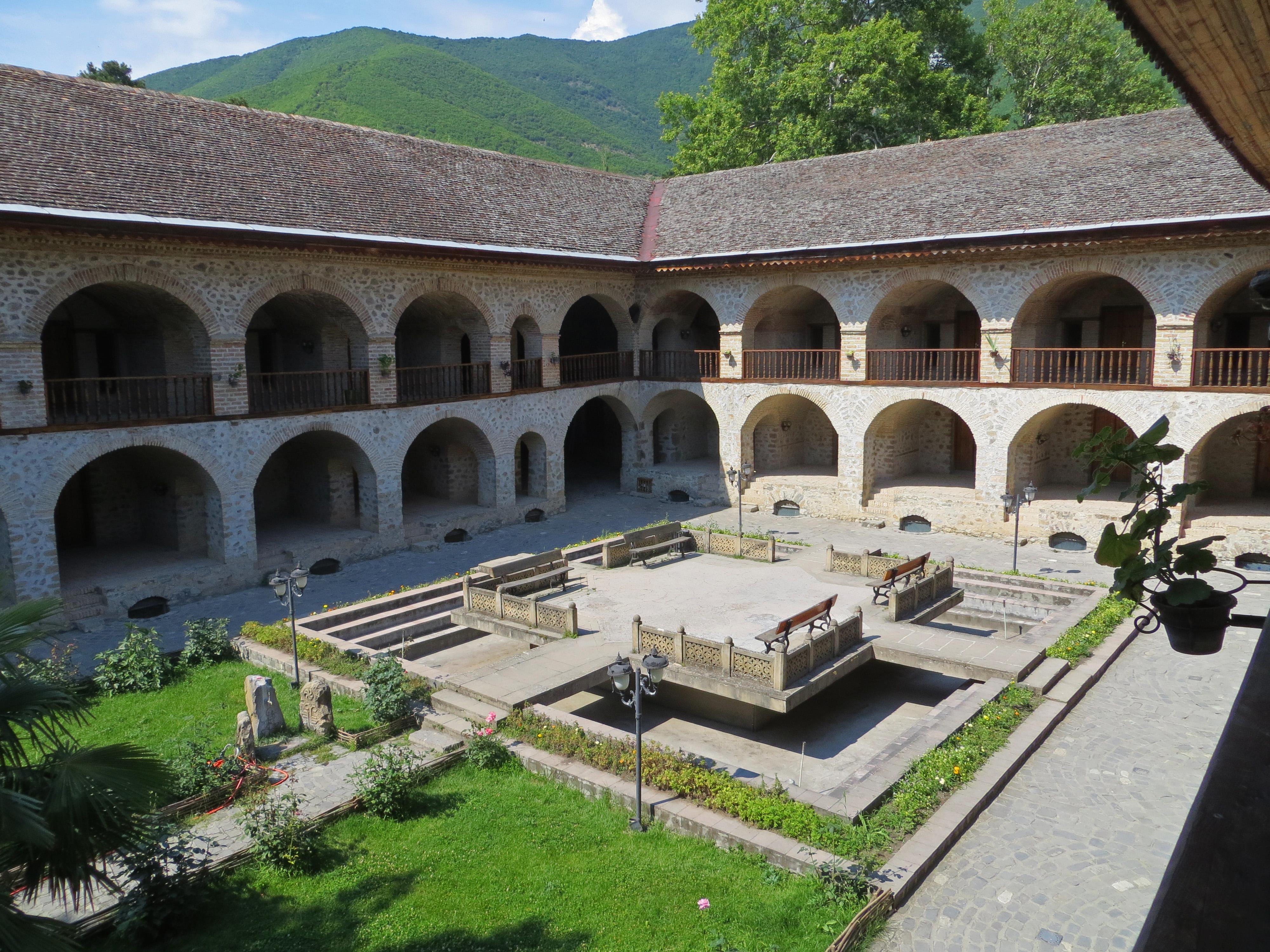 Upper Karvansarai, XVIII sec., a Sheki, Şəki, Azerbaijan, ph. PaN
